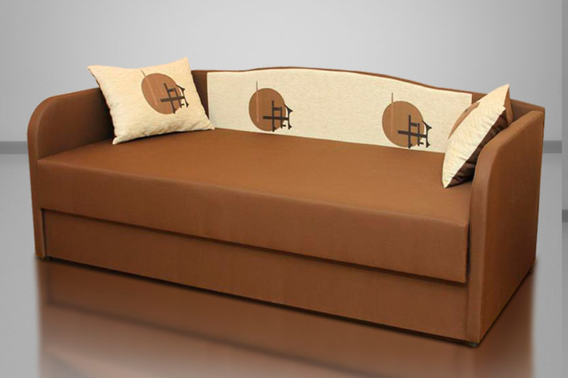 Василек, диван