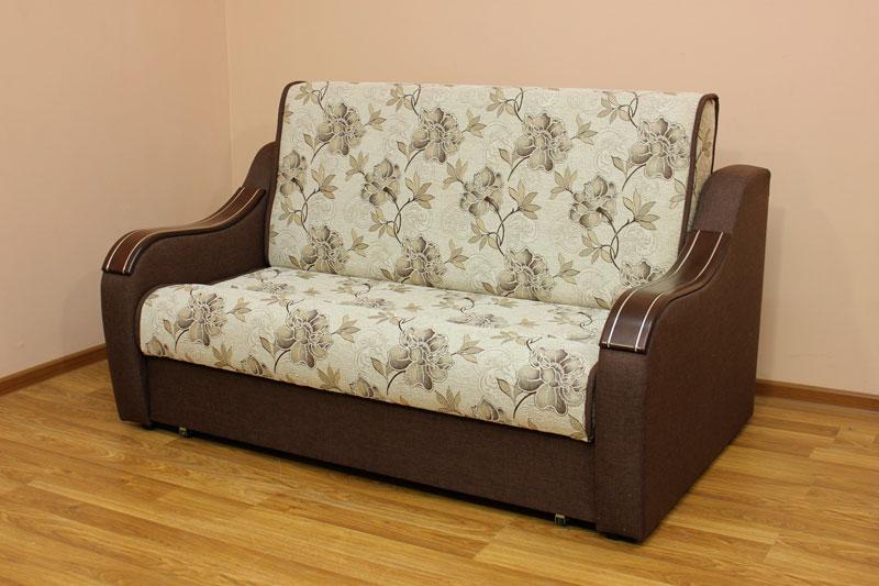 Марта, диван