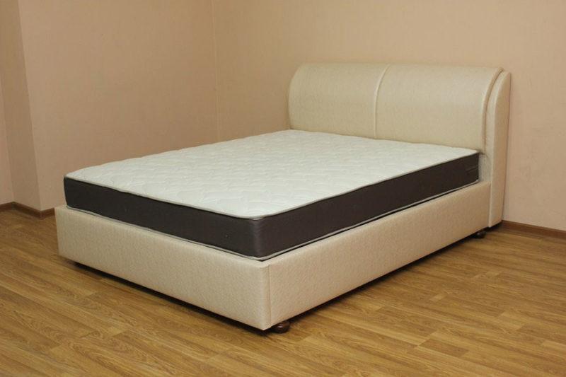 Афина с механизмом, кровать