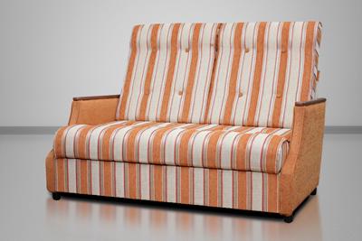 Малютка, диван