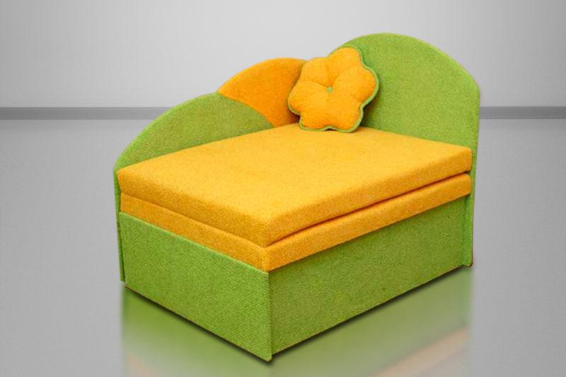 Анюта, диван