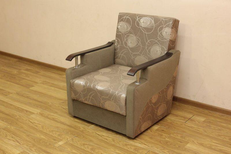 Книжка Д, кресло
