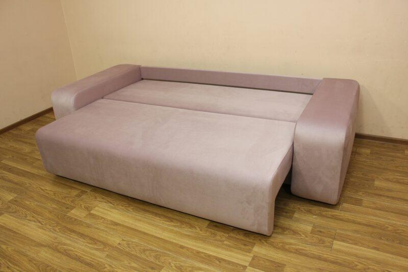 Герман, диван, спальное место